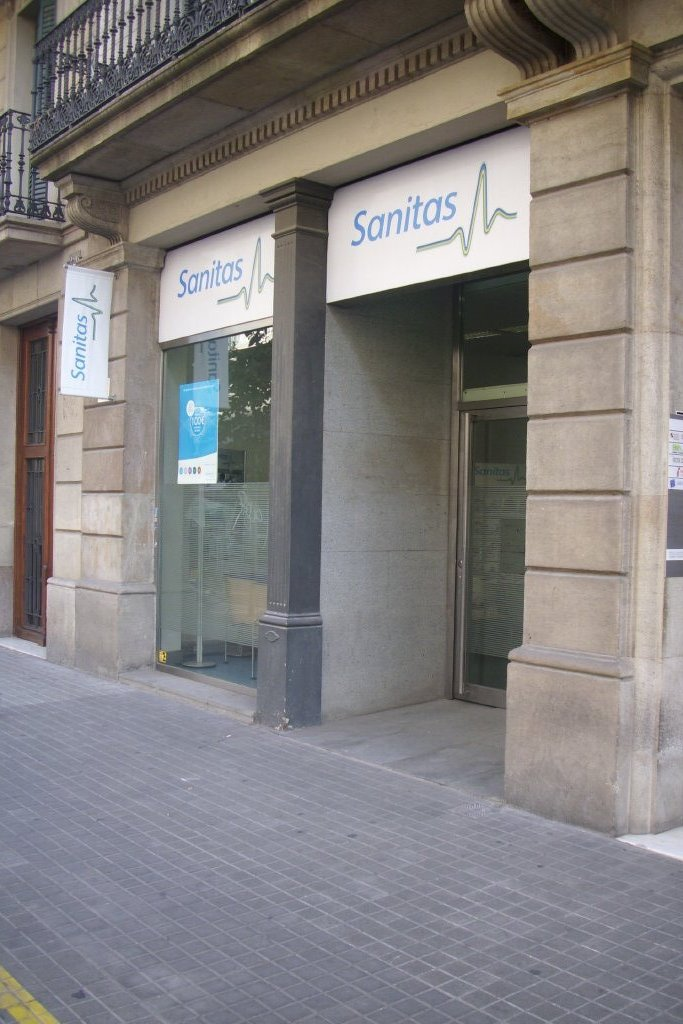 SANITAS, S.A. - Remodelació de diversos consultoris-Barcelona