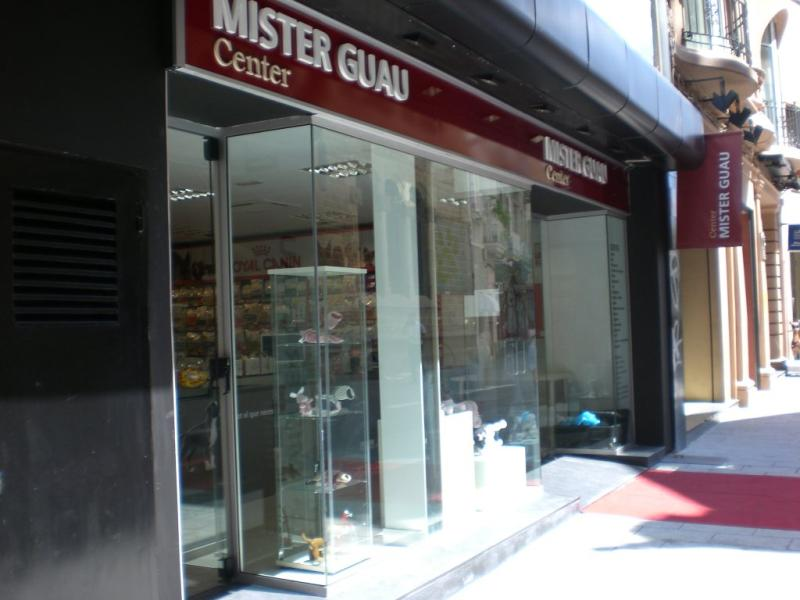 MISTER GUAU CENTER