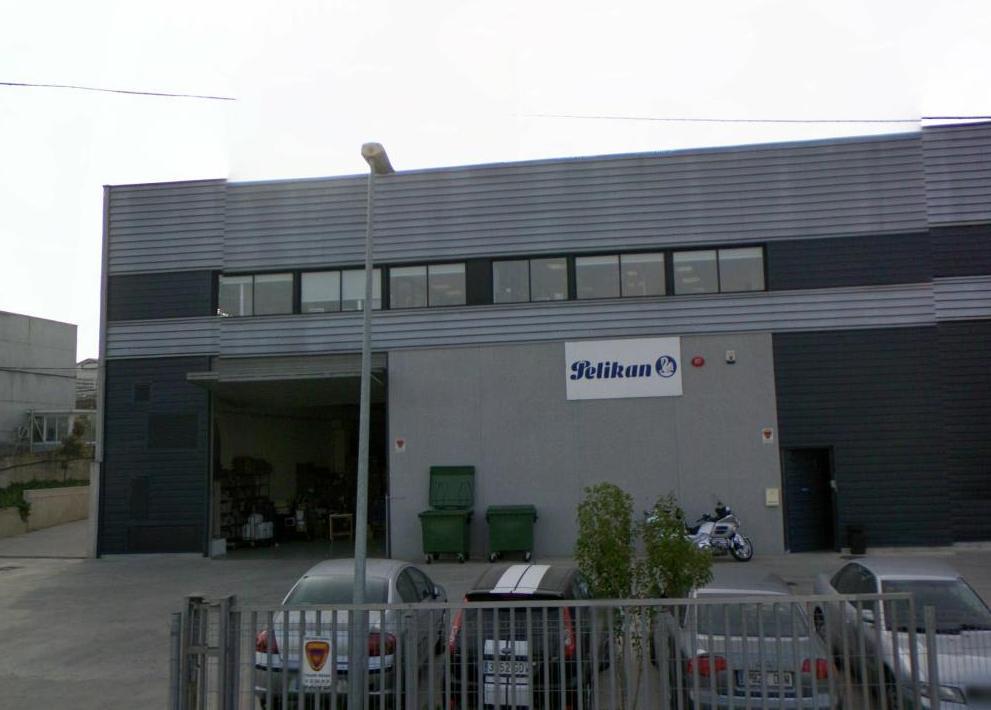PELIKAN - Almacén de logística